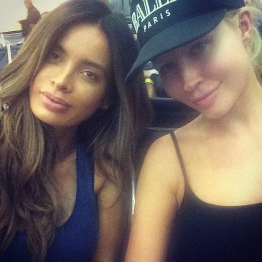 Instagram'ın iki güzeli