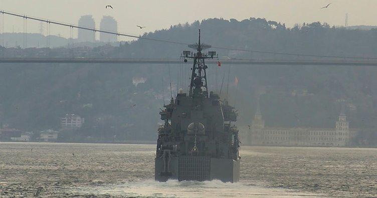 Son dakika: Rus savaş gemileri İstanbul Boğazı'ndan geçti!