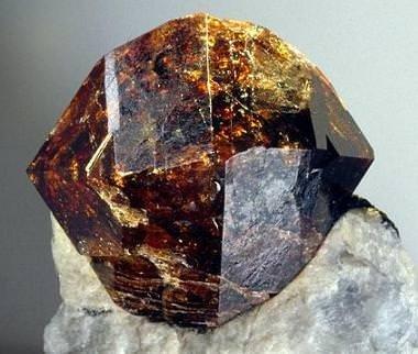 Şifalı taşların hayatımızdaki etkisi