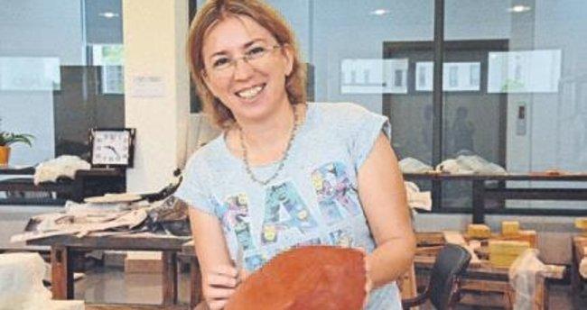 İzmirli sanatçıya Zagreb'de ödül