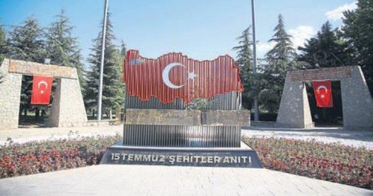 SDÜ'de şehitler anıtı