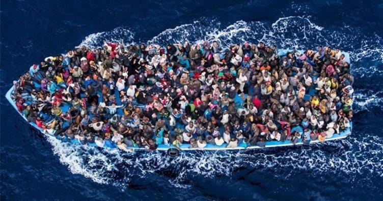 Libya açıklarında 712 mülteci kurtarıldı!