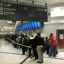 Atlanta Havalimanı'ndaki elektrik kesintisi ABD'yi felç etti