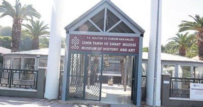 İzmir'in müzeleri ziyaretçi bekliyor