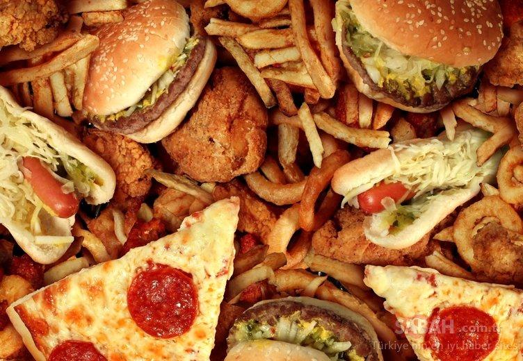 Dikkat! Bu besinler kan damarlarını daraltıyor! İşte lezzetli diye tükettiğimiz zararlı besinler...