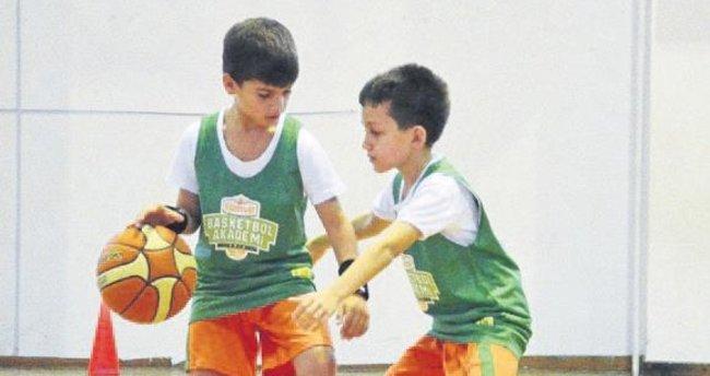 İzmir'de Banvit Akademi rüzgarı