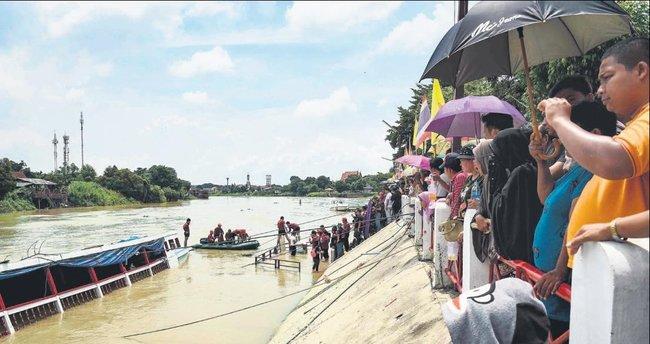Tayland'da bayram felaketle bitti: 18 ölü