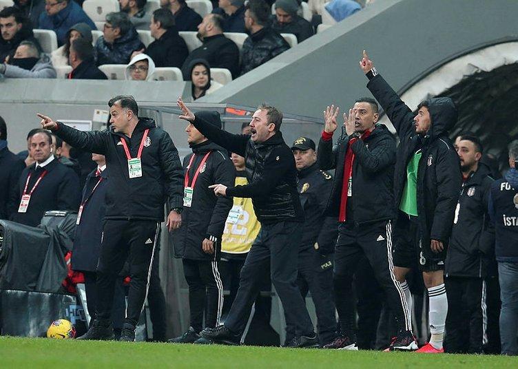Sergen Yalçın o isimleri gözden çıkardı! Beşiktaş'ta transfer piyangosu ve ayrılıklar...