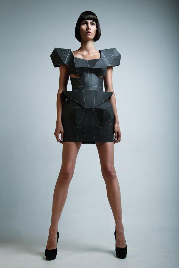 Siyah elbise modası