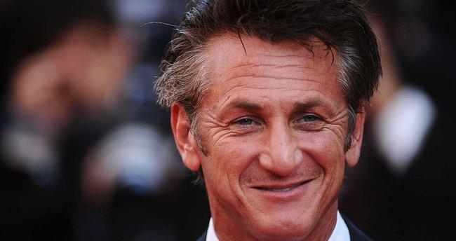 Sean Penn'i görenler tanıyamıyor