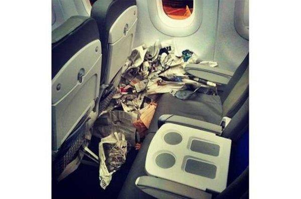 Hosteslerden yolcuları utandıracak paylaşımlar