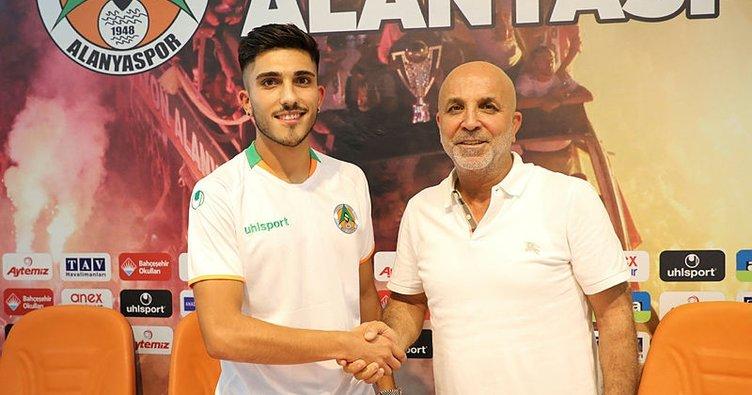 Umut Güneş Alanyaspor'da transfer oldu