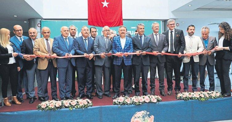 Mobilya dünyası Mersin'de buluştu
