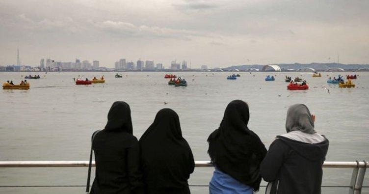 İran'dan flaş başörtüsü açıklaması: Gençlerin talebi dikkate alınmalı