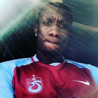 Kasımpaşalı Diagne'den Trabzonspor formalı paylaşım