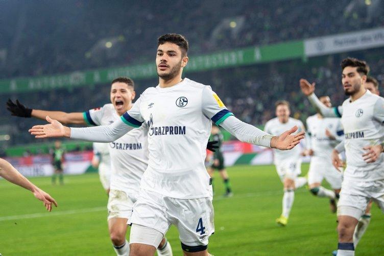 Schalke'yle temasa geçtiler! Ozan Kabak'a talip var