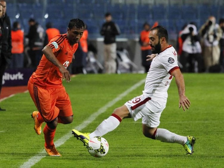 Başakşehir-Galatasaray maçı twitter'ı salladı
