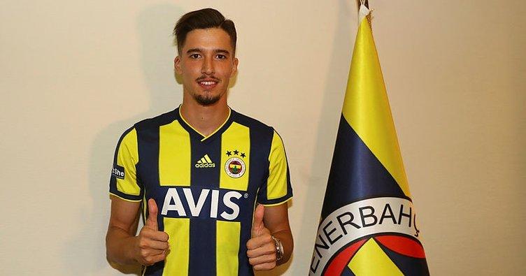 Altay Bayındır'ı, Galatasaray ve Beşiktaş da istedi