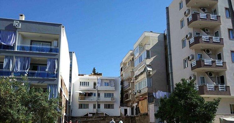 Heyelan tehlikesi nedeniyle 3 apartman boşaltıldı
