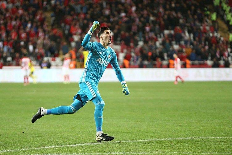 Kadıköy'de haftanın maçı! İşte Fenerbahçe-Trabzonspor derbisinin muhtemel ilk 11'leri