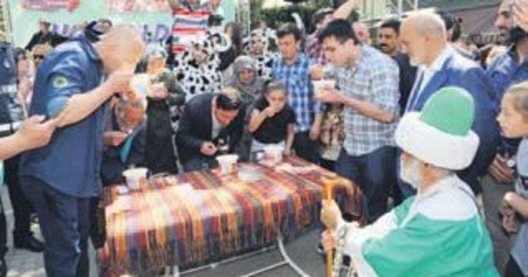 Kanlıca Yoğurt Festivali'nde renkli görüntüler yaşandı