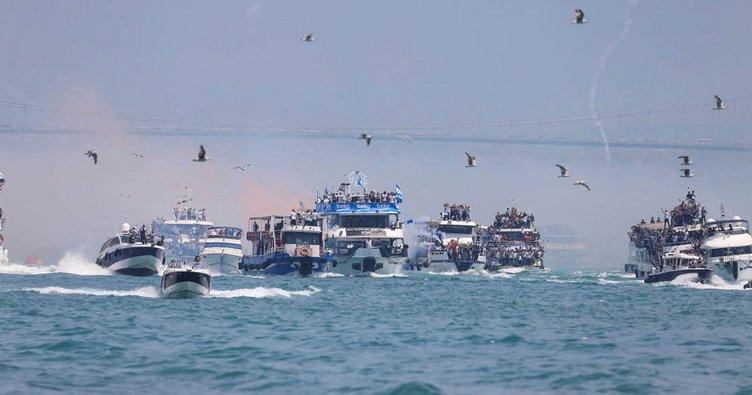 Beşiktaş'ın tekneli kutlamasında kaza