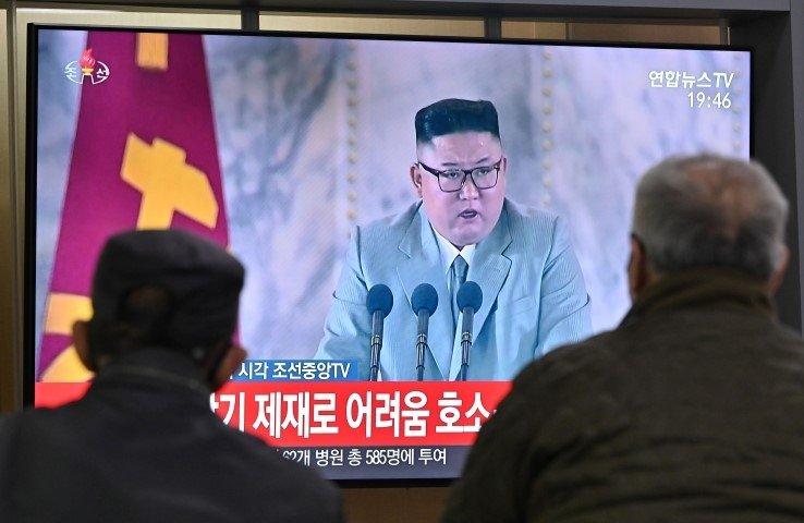 SON DAKİKA! Kuzey Kore liderini daha önce hiç böyle görmediniz!  Kim Jong Un gözyaşları içinde özür diledi