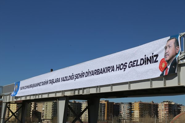 Diyarbakır Cumhurbaşkanı Erdoğan'ı bekliyor