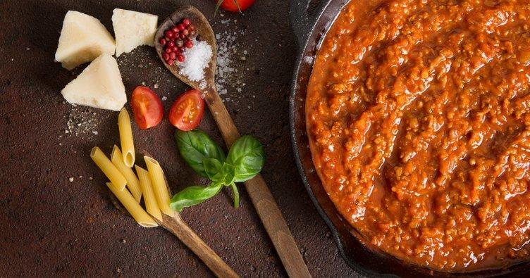 Bolonez sos tarifi...Bolonez sos nasıl yapılır?