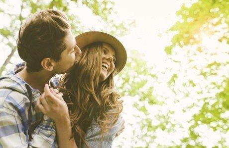 Erkeklerin, kadınlarda sevdiği davranışlar