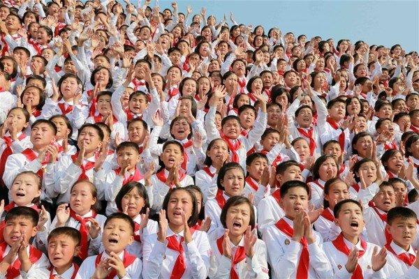 Kuzey Kore'de çocuk olmak
