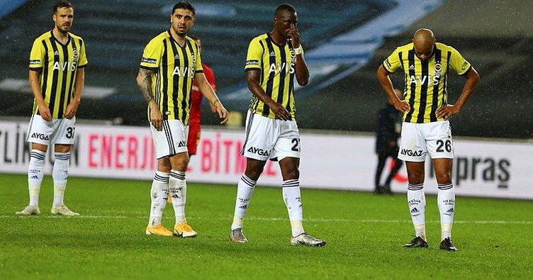 Fenerbahçe'de aynı senaryo yaşanıyor! 6 yenilgide dikkat çeken benzerlik...