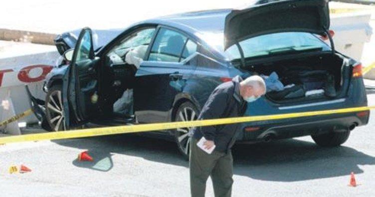Aracıyla ABD Kongresi önündeki barikata çarptı