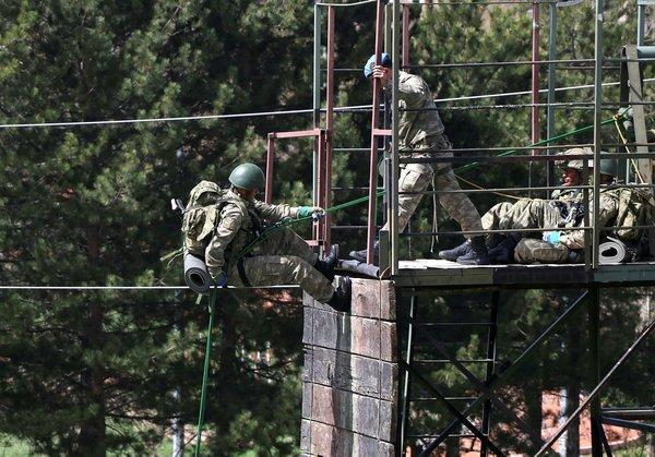 Kayseri Komando Tugayı personelleri operasyonlara işte böyle hazırlanıyor