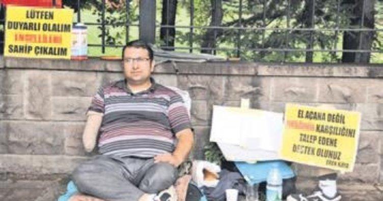 Engelli seyyar satıcıdan dilencilere karşı uyarı