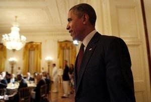 Obama'dan başörtüsü mücadelesi veren kıza övgü