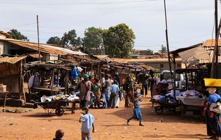 Varlık içinde yokluk ülkesi: Fildişi Sahili