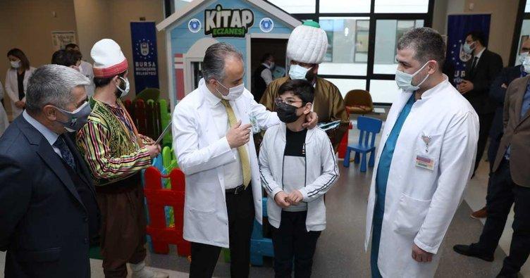 Türkiye'nin ilk Kitap Eczanesi Bursa'da açıldı