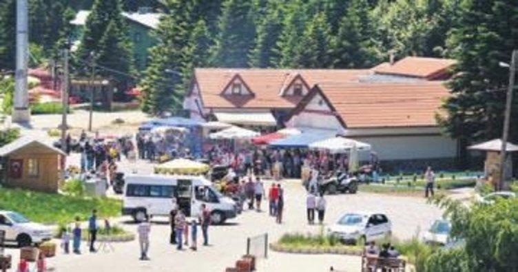 Uludağ'a 3 günde 100 bin ziyaretçi