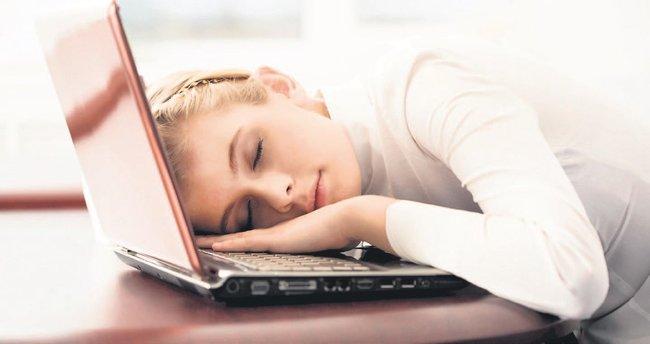 Uyku apnesinden kurtulun işteki verimliliğinizi artırın