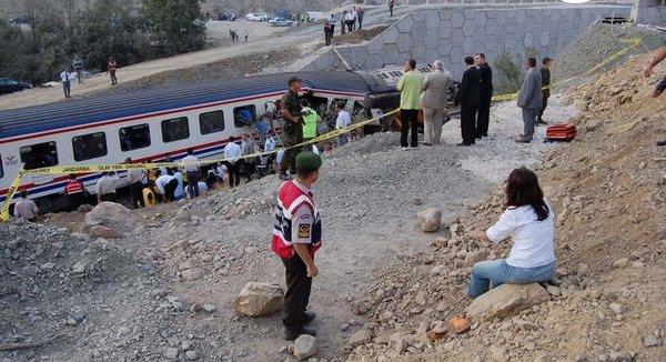 Bozüyük'te tren kazası
