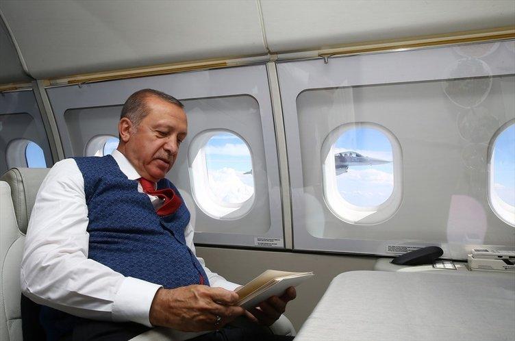 Cumhurbaşkanı Erdoğan'ı selamlayan o pilot bakın kim?