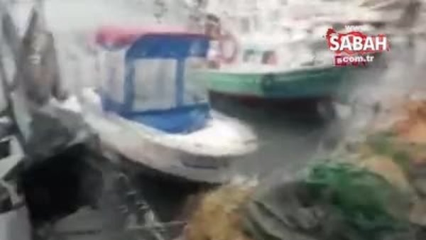 Marmara Ereğli'sinde fırtına sahildeki işletmelerin masa ve sandalyelerini uçurdu