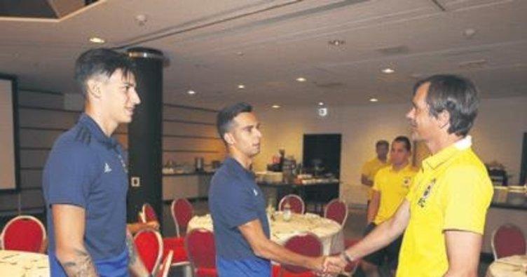 İki genç yıldız takıma katıldı