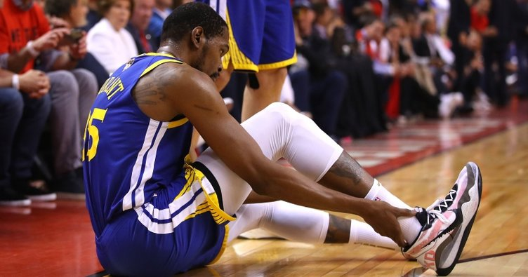 Golden State Warriors'tan Kevin Durant'e 221 milyon Dolar