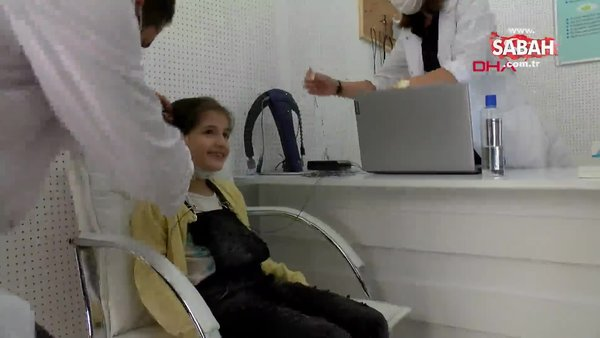 Kocaeli'de işitme cihazı ile ilk defa duymaya başlayan Fatma'nın duygulandıran sevinci kamerada | Video