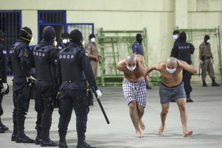 Son dakika: El Salvador'dan şoke eden kareler! Dünya Corona virüsüyle mücadele ederken...