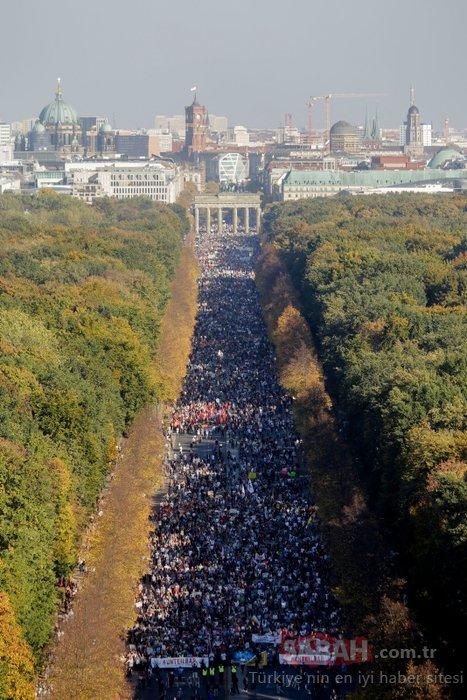 Almanya'da büyük protesto