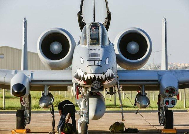 İncirlik'te savaş uçakları tanıtıldı!
