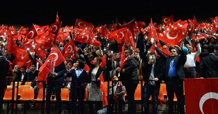 Erdoğan Strasbourg'da onbinlerce gurbetçiye seslendi